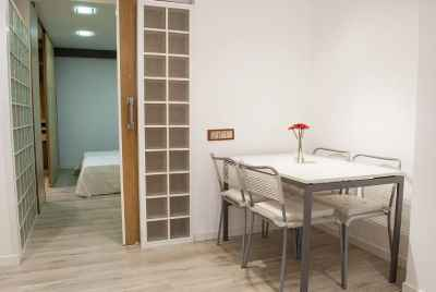 Renovated apartment in a residential area of Barcelona